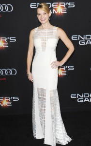andrea-powell-red-carpet-photos-ender-s-game-movie_2